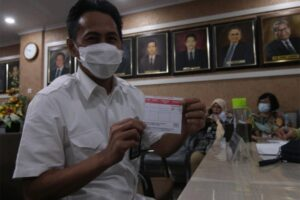 Dorong Pemulihan Ekonomi Lingkup Perbankan, Ratusan Karyawan Bank Sulselbar Ikuti Vaksinasi Covid-19