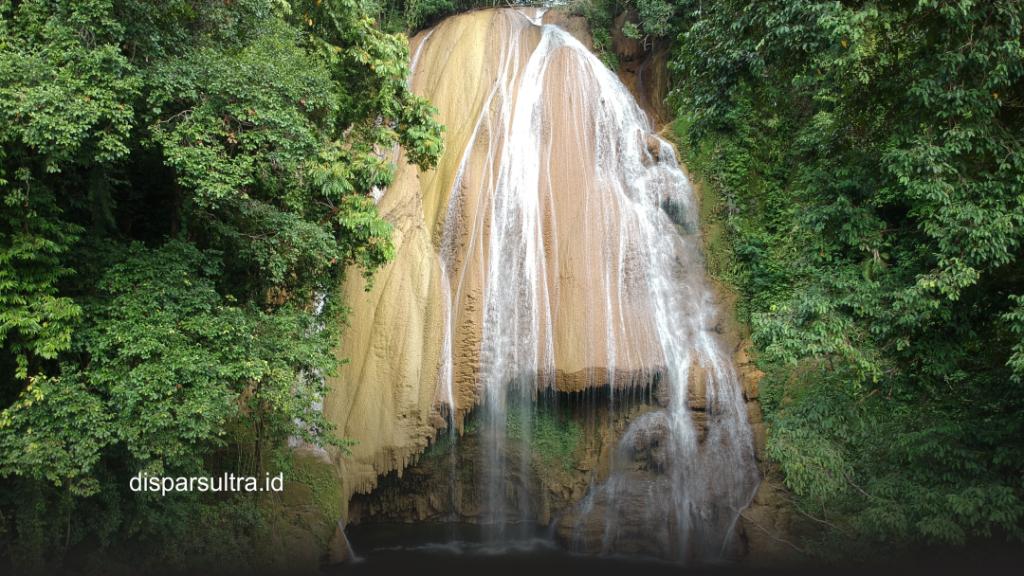 Keindahan Air Terjun Tumburano, Wisata Alam yang Tersembunyi di Konawe Kepulauan