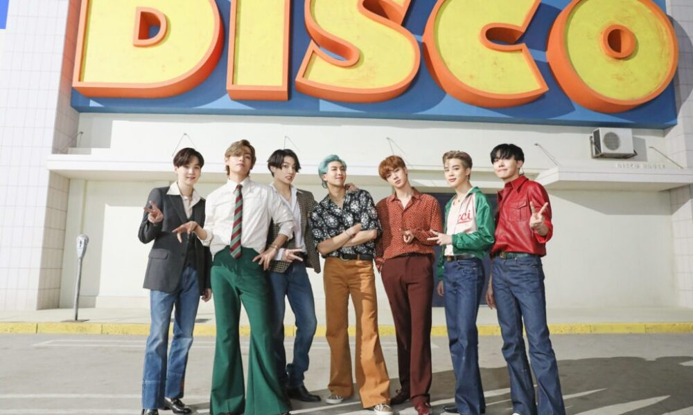 """MV """"Dynamite"""" BTS Berhasil Raih 950 Juta Views!"""