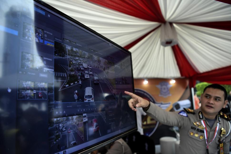 Polda Metro Jaya Luncurkan 30 ETLE Berbasis Portable