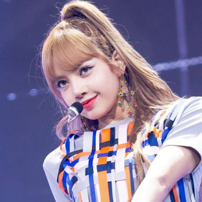 Profil Lengkap LISA Blackpink 'Best KPop Female Dancer' Minggu Ini!