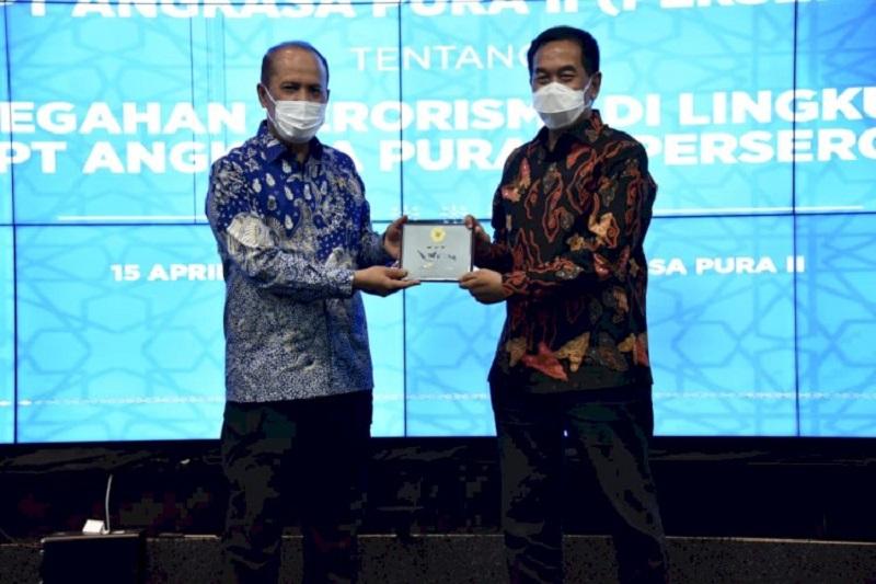 Kerjasama pencegahan aksi terorisme antara PT Angkasa Pura II dengan BNPT