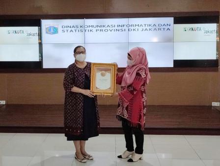 Apresiasi Kinerja Kehumasan Pemprov DKI Jakarta, Dinas Kominfotik Raih Penghargaan dari Poskota
