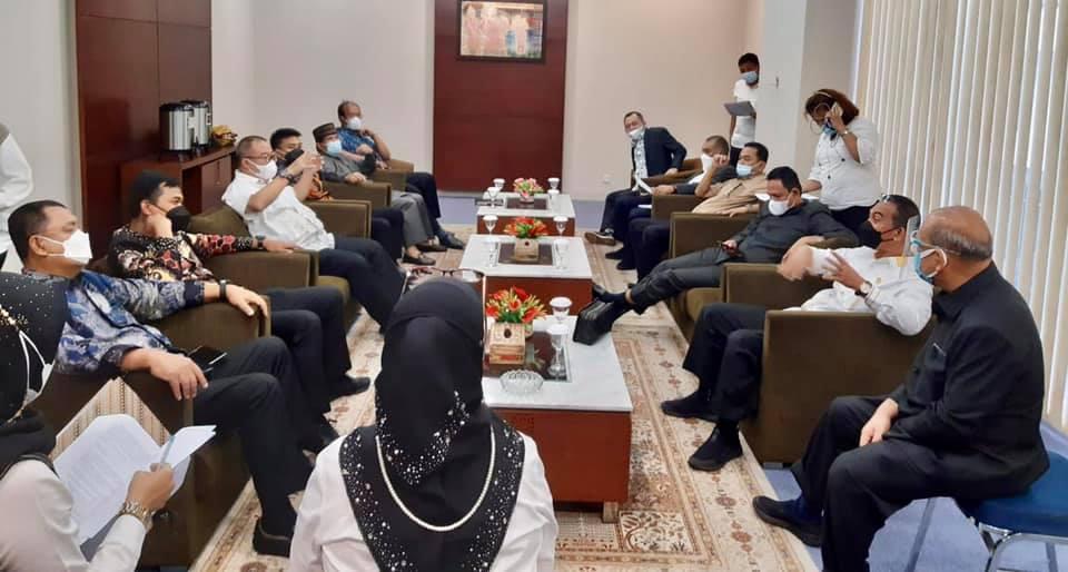DPRD Sumatera Utara telah membentuk Pansus KEK Sei Mangkei untuk menyelesaikan kondisi lambatnya optimalisasi kawasan KEK Sei Mangkei.