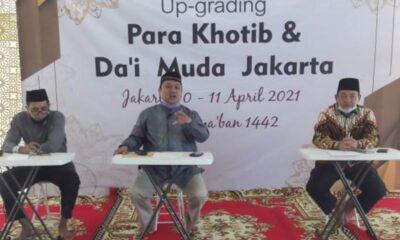Ketua Umum Majelis Muballigh Muda Indonesia (MMMI) Ustadz Dr Aminuddin, SE, MM, MPd dalam sambutan pembukaan acara Up-Grading Para Khotib dan Da'i Muda Jakarta di Aula Masjid Aisah Gani, Jakarta, Sabtu (10/4/21).