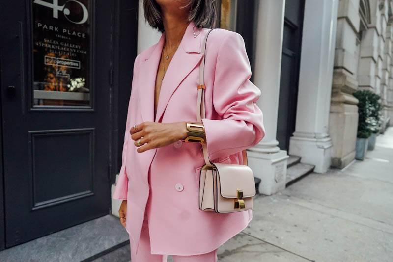 Ide Work Outfit Warna Pastel yang Modern dan Mencuri Perhatian | YuKepo.com