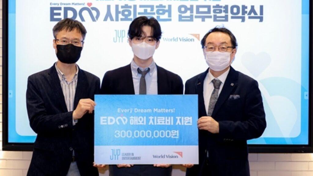 JYP Entertainment dan World Vision Bantu Anak Penyandang Disabilitas di Asia