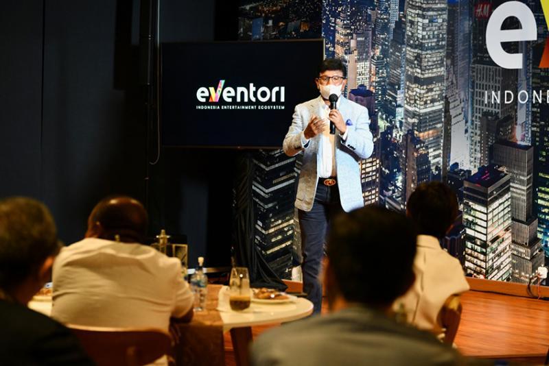 Kolaborasi Lewat Platform Digital, Menteri Johnny Harap Bisa Gerakkan Industri Hiburan