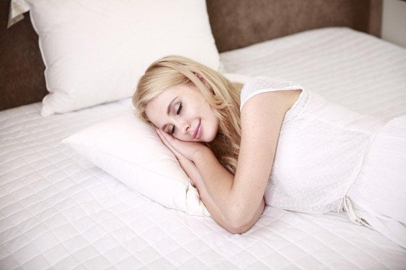 Manfaat Tidur Berefek Kulit Glowing