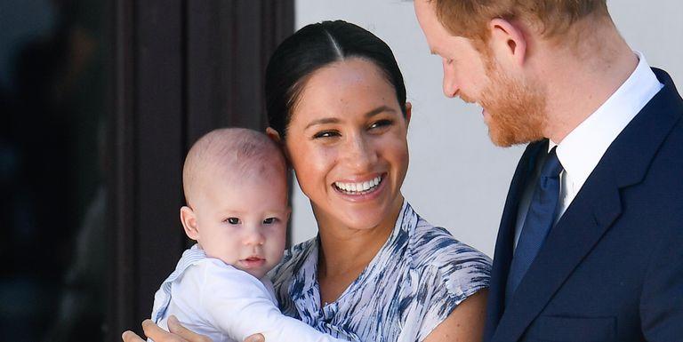 Meghan Markle & Putranya Diketahui Sempat Berbicara dengan Ratu Tepat Sebelum Upacara Pemakaman Pangeran Philip