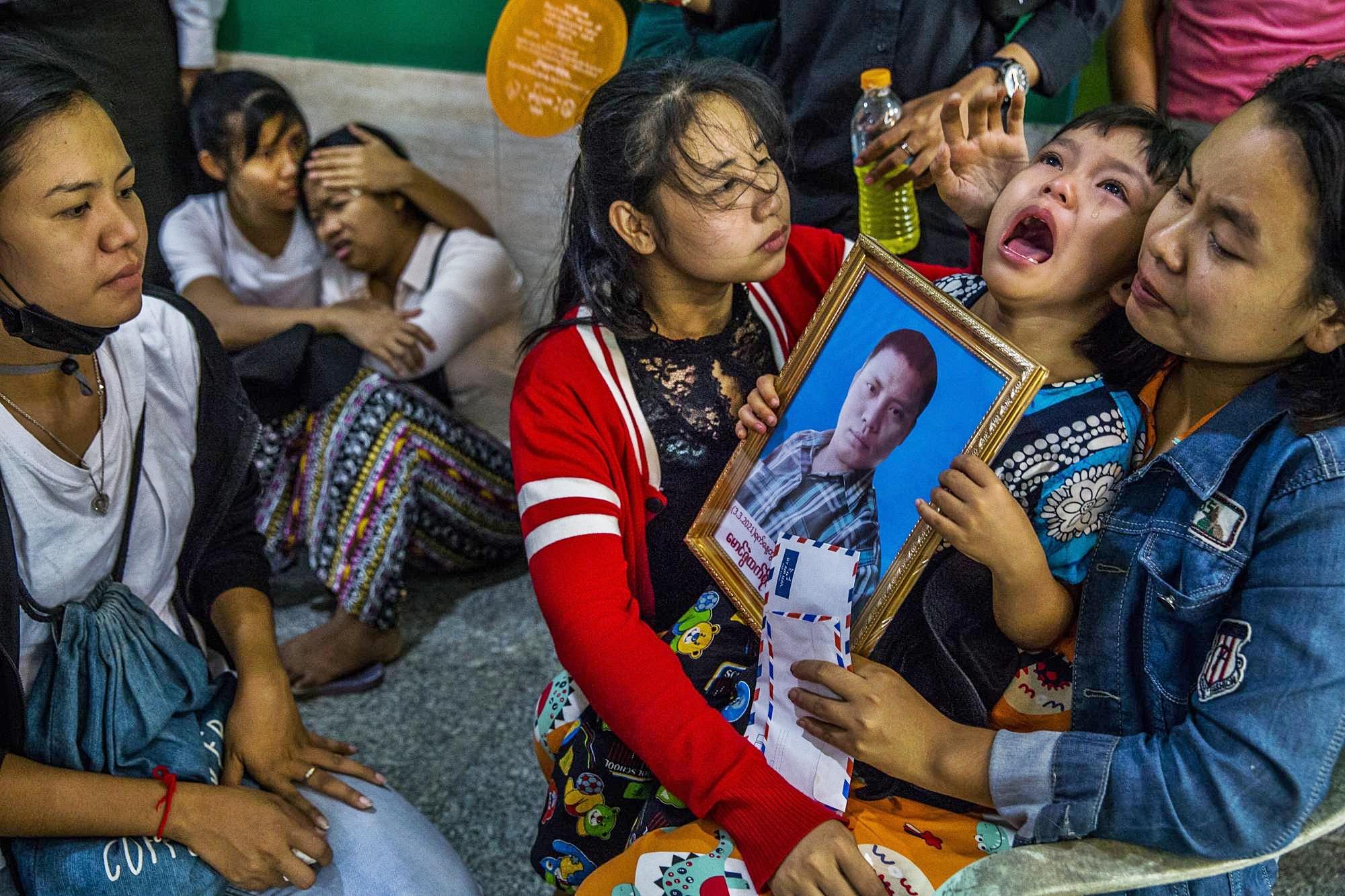 Militer Myanmar Salahkan Demonstran Atas Tewasnya Puluhan Anak-Anak