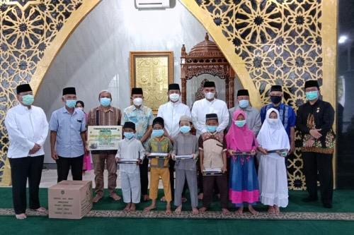 Safari Ramadhan, Pemko Medan Serahkan Bantuan Untuk Masjid Nurul Islamiyah di Medan Johor