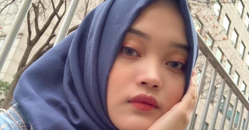 Unggahannya Jadi Sorotan, Putri Delina Singgung Prahara Sule-Nathalie Holscher? : Okezone Celebrity