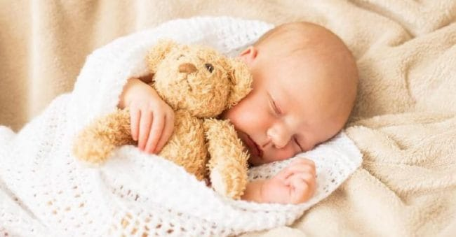 20 Nama Bayi Laki-laki Bulan Juli Beserta Rangkaiannya, Maknanya Indah!