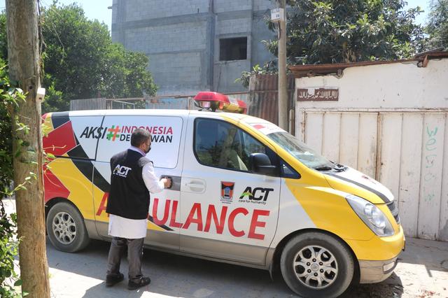 Ambulans Sumbangan Pemkot Padang Bantu Warga Palestina di Gaza
