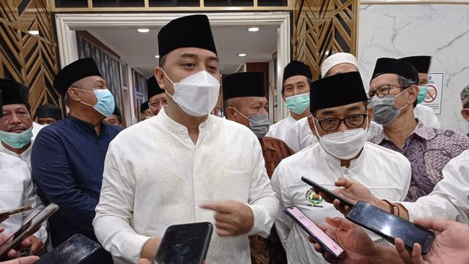Cegah Covid-19, Wali Kota Surabaya Minta Lurah dan Camat Data Warga