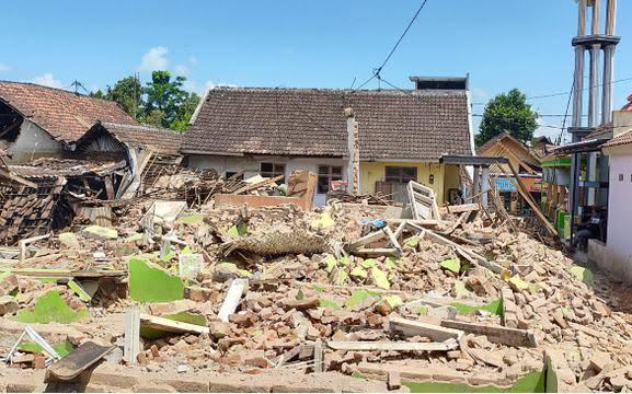 Kemensos Bentuk Dua Kampung Siaga Bencana Lumajang