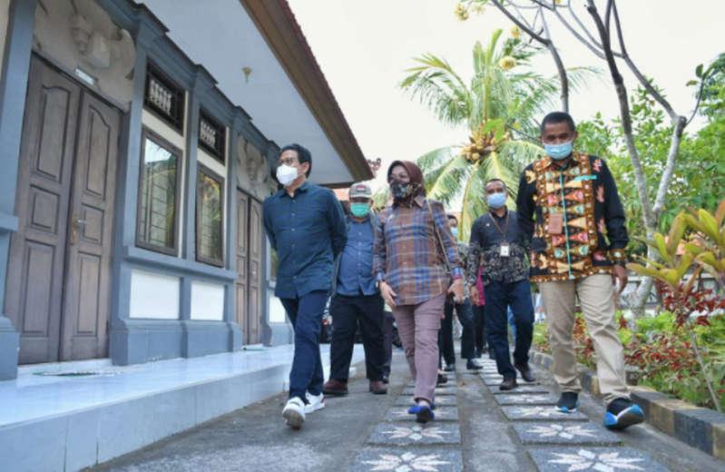 Mendes PDTT Tinjau Balai Pelatihan Masyarakat Denpasar