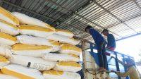PTPN X Salurkan 876 Ton Pupuk Non Subsidi Kepada Petani