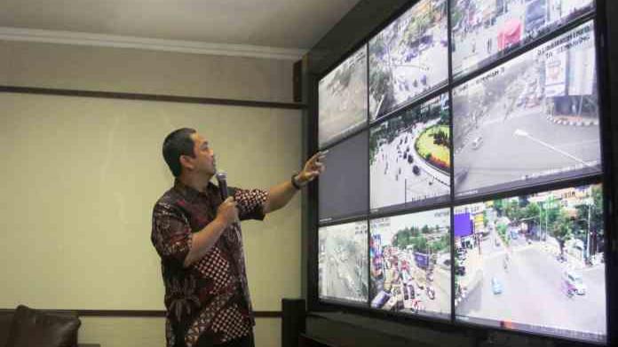 Pemkot Semarang Gunakan CCTV Untuk Awasi Kerja Pelayanan Publik