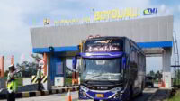 Satlantas Polres Sekat Pemudik di Exit Tol Boyolali, 3 Bus Diminta Putar Balik