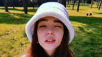 Selebriti Wanita Ini Tak Ragu Berbagi Bare Face yang Jauh dari Flawless   YuKepo.com