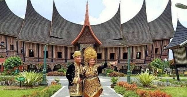 Tak Hanya Megah, Rumah Gadang Minangkabau Juga Mengandung Filosofis Kehidupan
