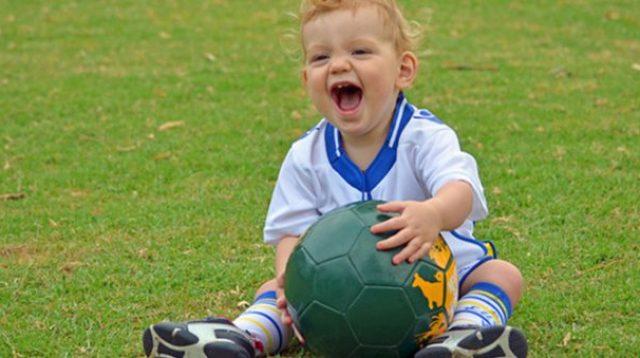 15 Ide Nama Bayi dari Pesepak Bola Islam, Cocok untuk Jagoan Kecil Parents