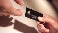 Ini Keistimewaan yang Anda Dapatkan Kalau Memegang Black Card