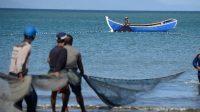 Kementerian KKP Serahkan Bantuan 122,11 juta Kompak Sumbar