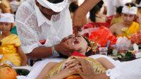 Metatah, Tradisi Jelang Dewasa Masyarakat Bali dengan Potong Gigi