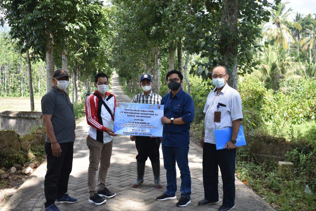 PTPN XII Salurkan Bantuan Pembangunan Jalan