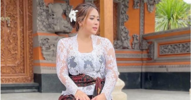 Potret Maharani Kemala, Ibu Satu Anak serta 'Crazy Rich' Bali yang Dermawan