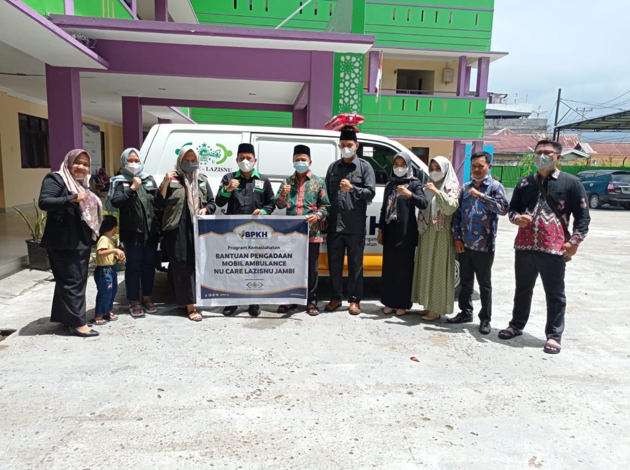 Bantuan 1 Mobil Ambulance kepada NUCARE - LAZISNU Provinsi Jambi